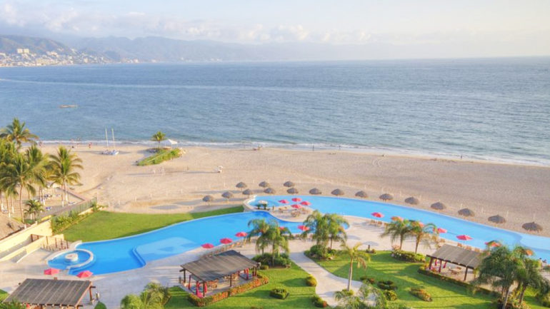 casa-club-desarrollo-grand-venetian-condominios-puerto-vallarta-jalisco-copia